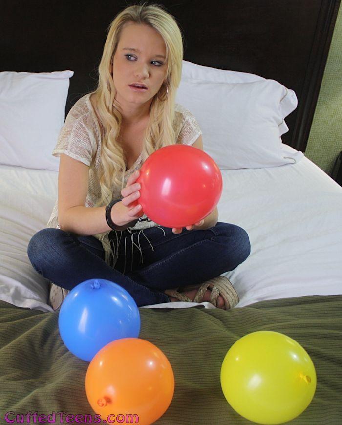 Tiffany's balloon escape
